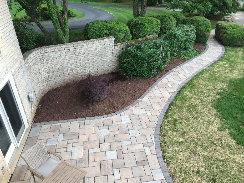 Stonescapes-Victoria TX Professional Landscapers & Outdoor Living Designs-We offer Landscape Design, Outdoor Patios & Pergolas, Outdoor Living Spaces, Stonescapes, Residential & Commercial Landscaping, Irrigation Installation & Repairs, Drainage Systems, Landscape Lighting, Outdoor Living Spaces, Tree Service, Lawn Service, and more.